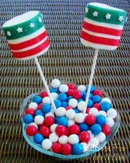 July 4th Marshmallow Pops…no frosting!