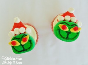 Grinch Marshmallow Cupcake Toppers..super easy!