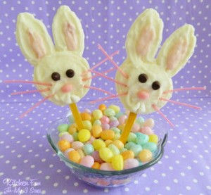 "Cho""bunny"" Greek Yogurt Pops plus a Easter Extravaganza & Chobani Giveaway!!"