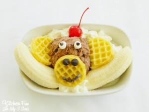 Eggo Monkey Banana Split #EggoWaffleOff