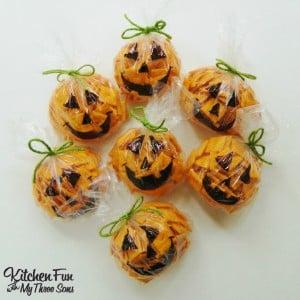 Easy Halloween Pumpkin Snack Bags