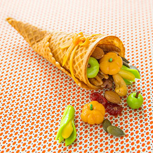 Thanksgiving Cornucopia Cone