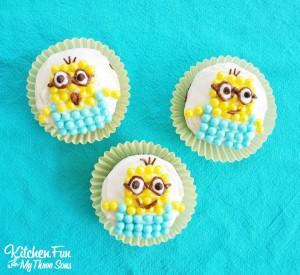 Easy Despicable Me Minion Cupcakes