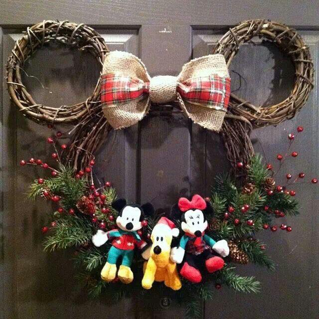 Christmas Mickey Mouse Wreath