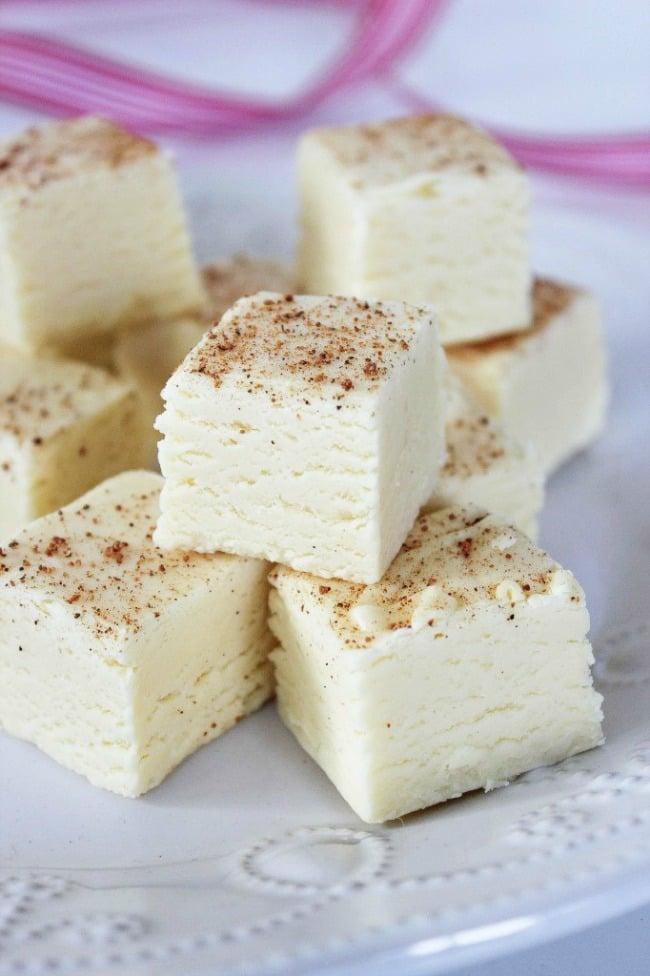 Eggnog Fudge - The BEST Christmas Fudge Recipes!