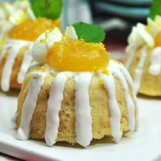 Mini Lemon Cakes