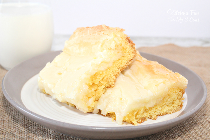 EASY Gooey Butter Cake