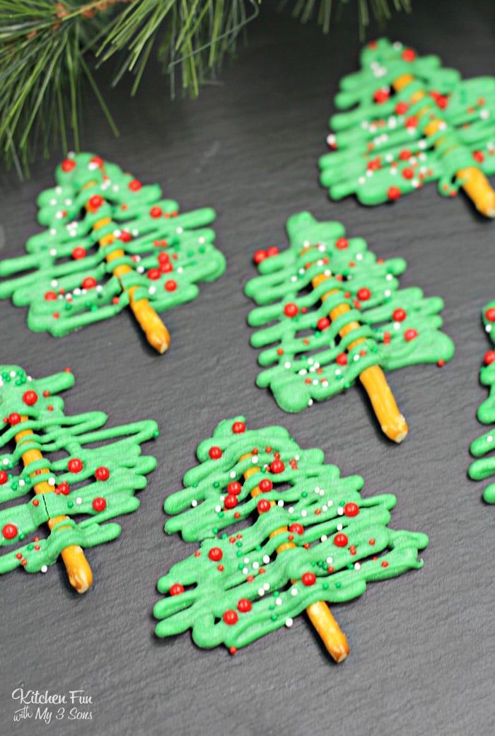 Chocolate Christmas Tree Pretzels