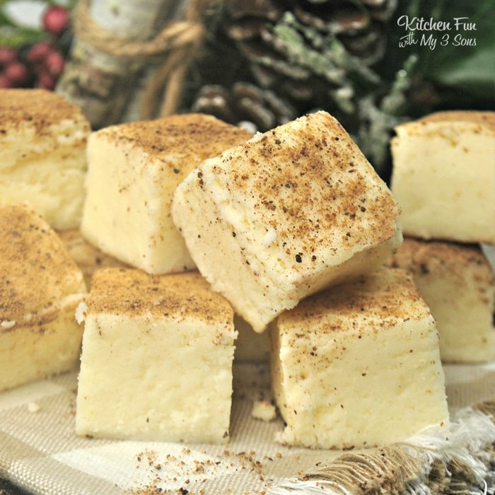 Eggnog Fudge | Yummy Chrismas fudge recipe with Eggnog
