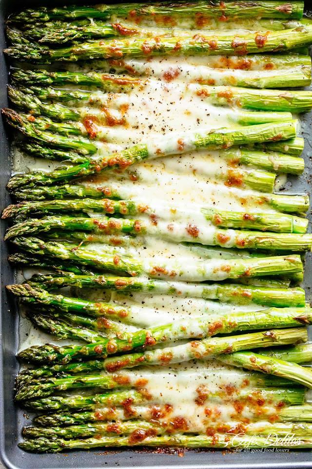 Keto Cheesy Garlic Roasted Asparagus