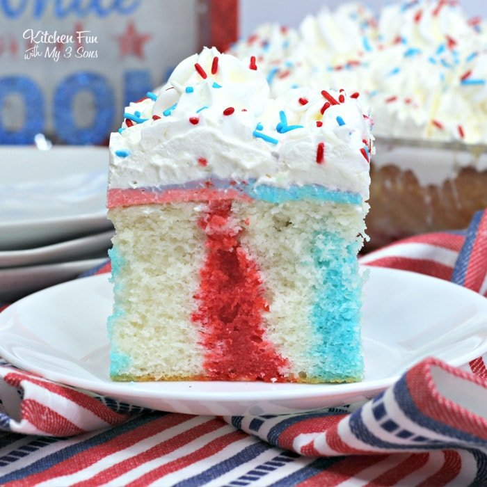 A 4th of July Poke Cake is the perfect Independence Day dessert. It's so pretty and absolutely delicious.
