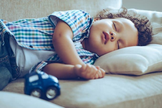 4 Reasons Your Kid's Bedtime Needs to Be The Same Every Night