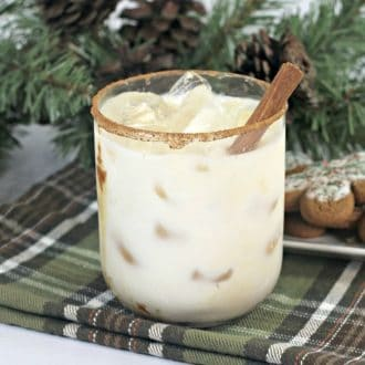 Gingerbread white russian with cinnamon stick