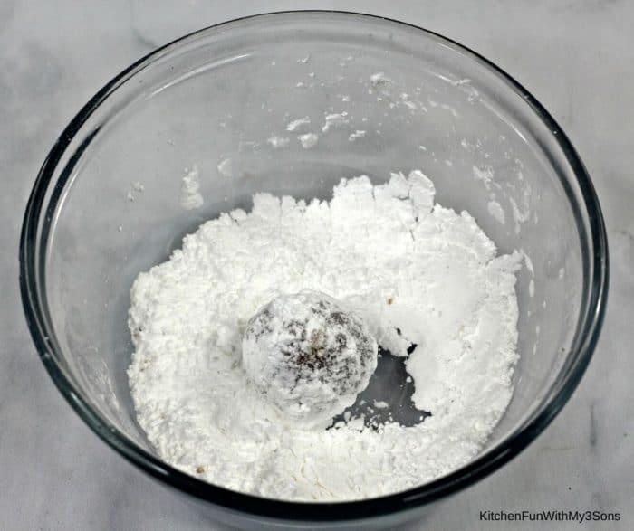 Rolling in powdered sugar