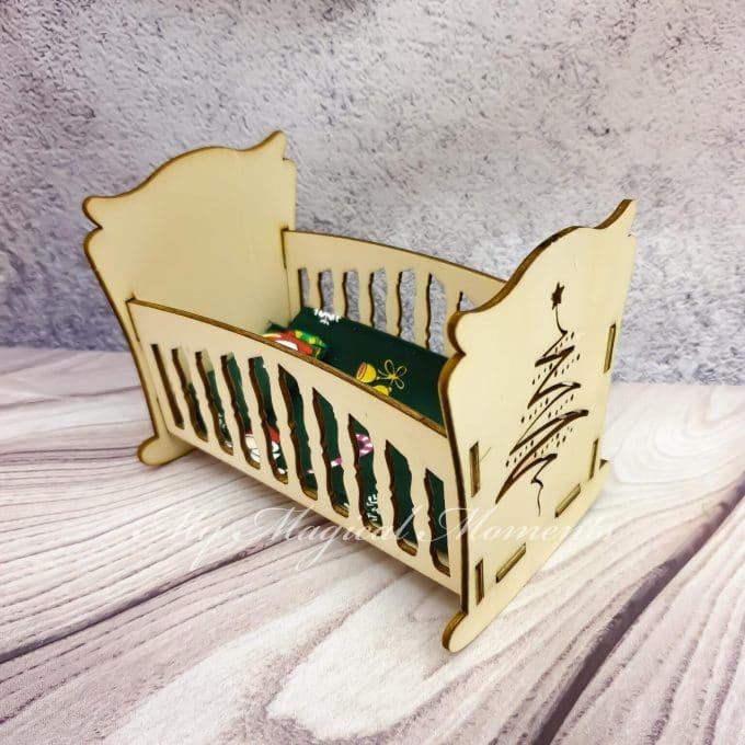 Elf Baby Crib