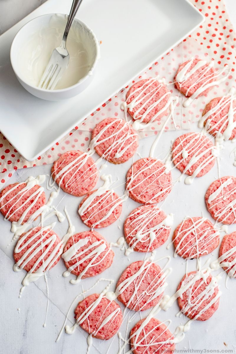 chocolatet drizzled red hot cookies