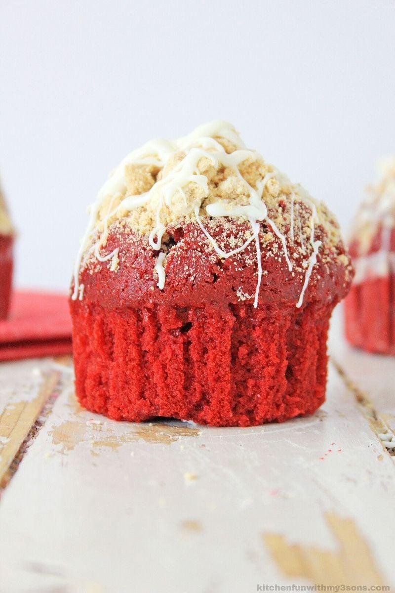 red velvet muffin