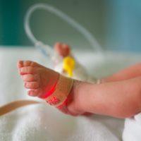 Newborn Dies Corona Virus