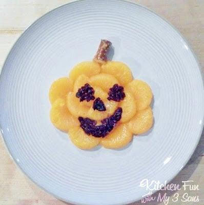Halloween Fun Fruit Spooky Snacks!