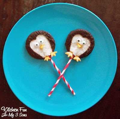These York Peppermint Patty Penguin Pops take minutes to make & kids love them!