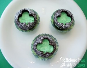 St. Patrick's Day Clover Cut Out Cupcakes