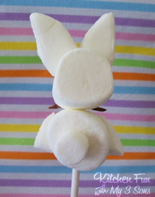 Simple Bunny Marshmallow Pops