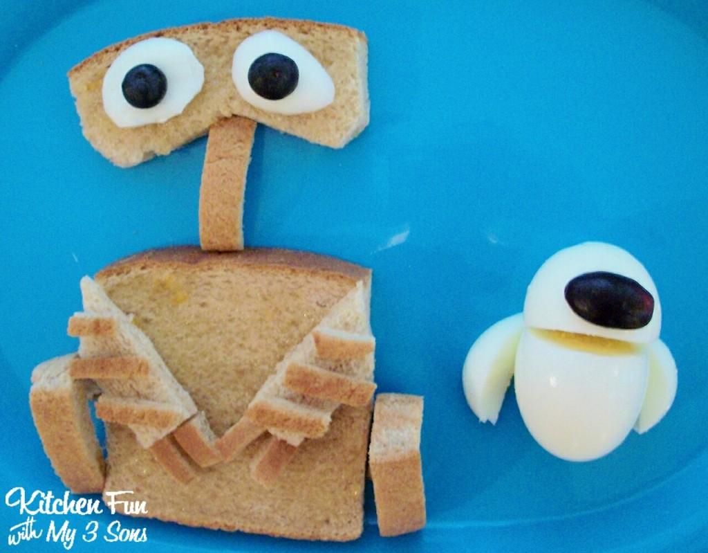 WALL-E & Eva Breakfast
