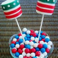 Patriotic Marshmallow Pops