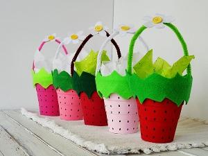 Summer Strawberry Baskits