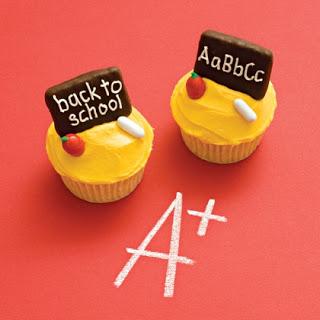 Chalk Board Cupcakes