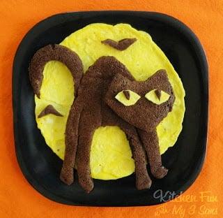 Halloween Cat Breakfast