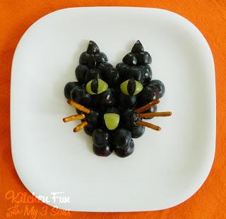 Black Cat Grape Snack