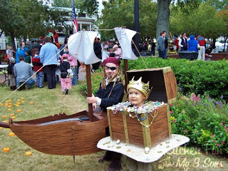 Pirate Boat and Treasure Chest from 2009
