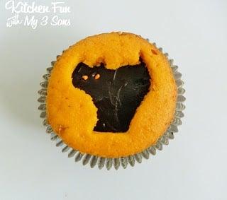 Black Cat Cupcake