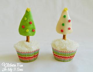 Tootsie Tree Christmas Cupcakes