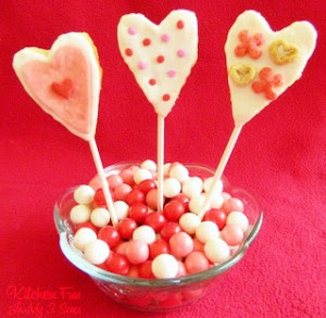 Shortcut Valentine Rice Krispies Treat Pops!