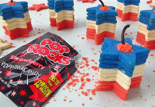 Exploding Star Cookie Stackers