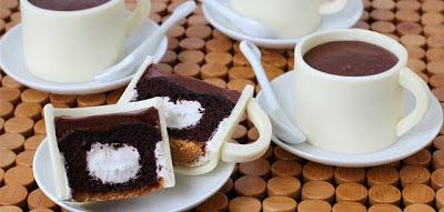 S'mores Coffee Mug Cupcakes