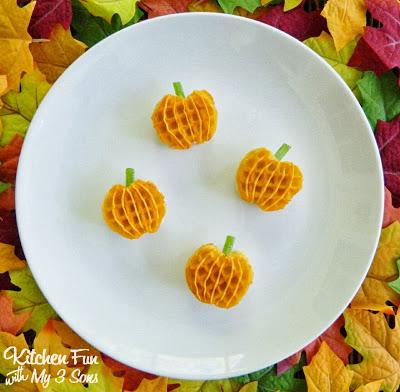 Mini Pumpkin Waffle Treats