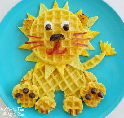 Lion Waffle Breakfast