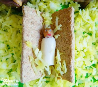 Graham Cracker Manger and Tootsie Roll Baby Jesus