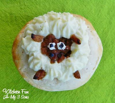 Mini Sheep Shepherd's Pie Close Up