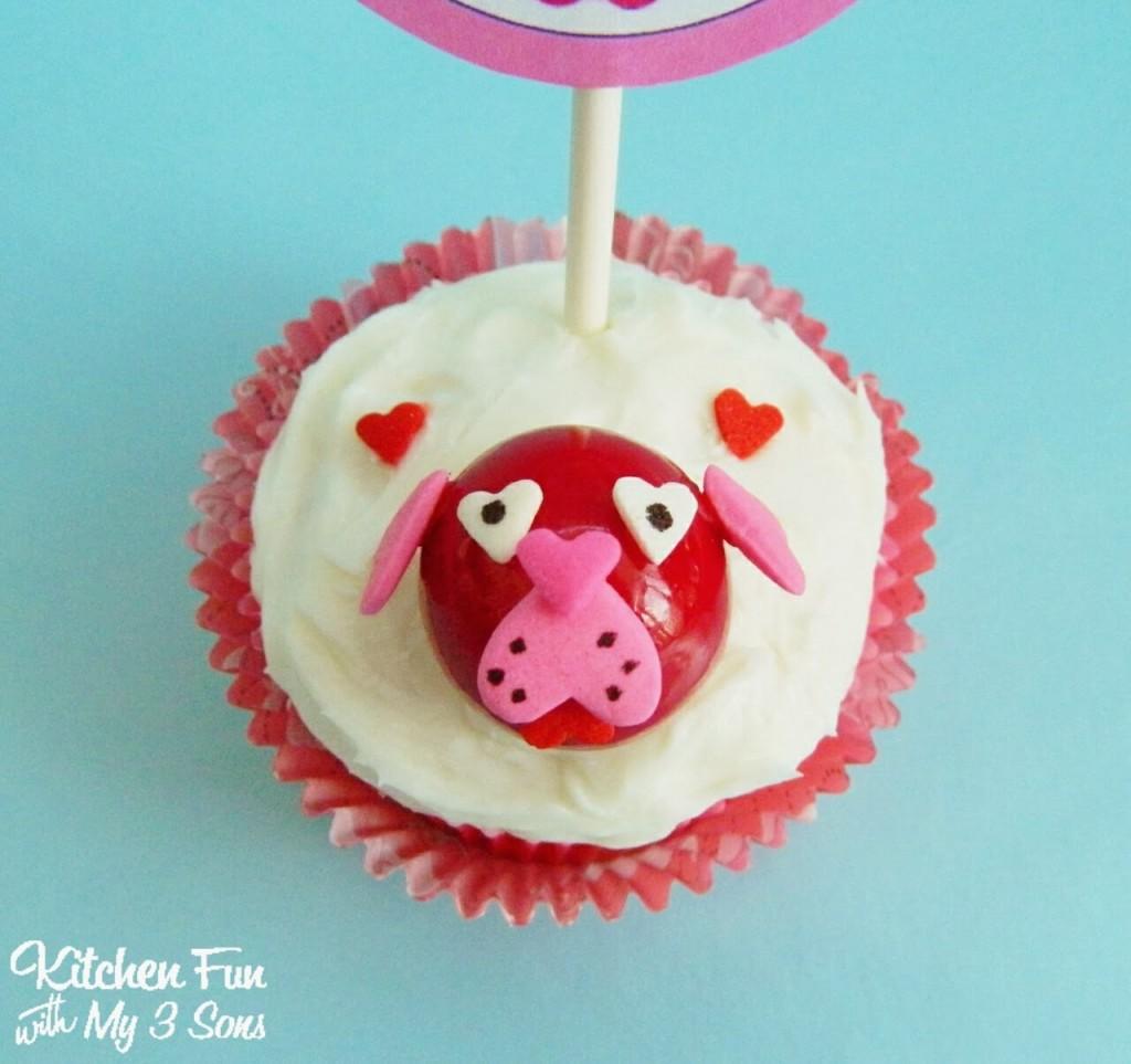 Easy Valentine Dog Cupcakes Close Up