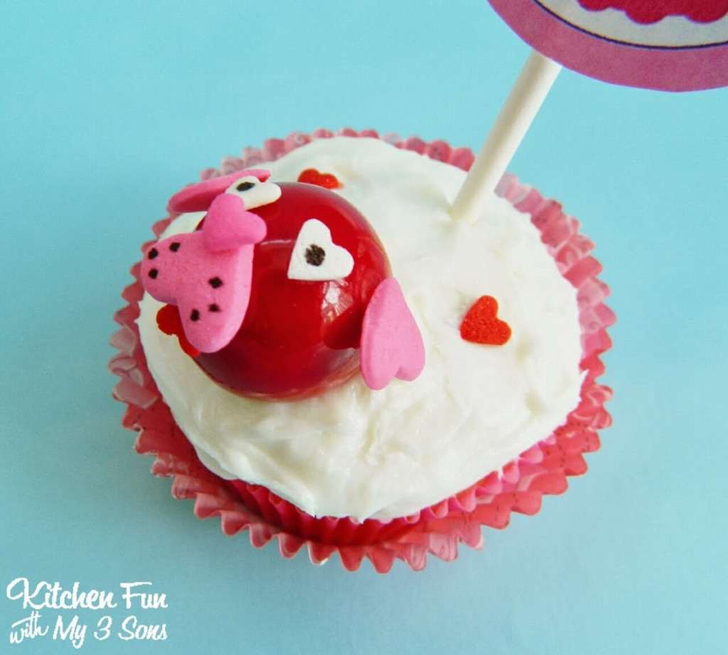 Easy Valentine Dog Cupcakes Side View