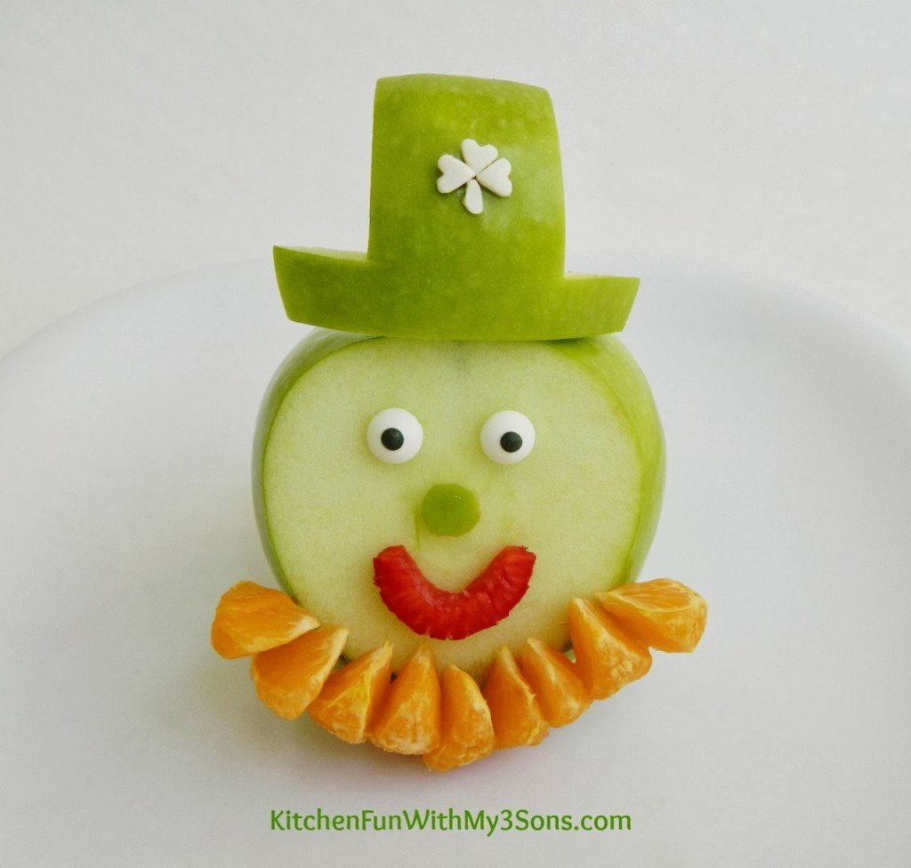 St. Patrick's Day Leprechaun Fruit Snack Close Up