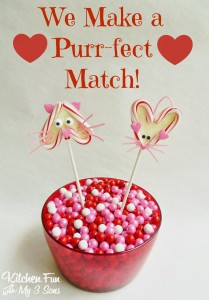 Valentine's Day Chocolate Candy Cat & Mouse Heart Pops