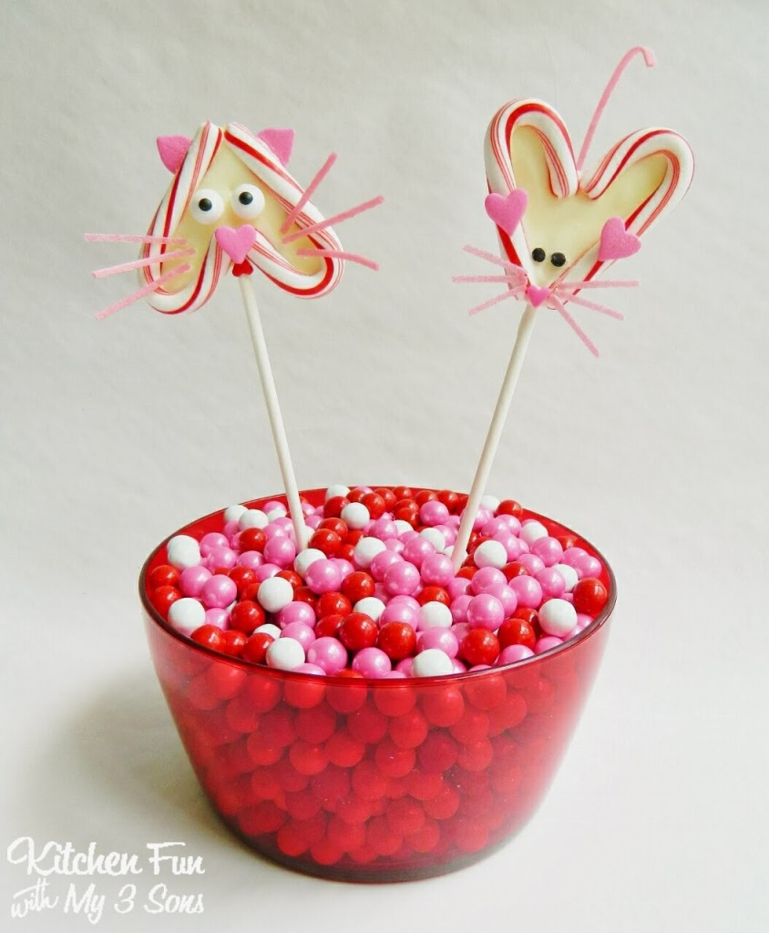 For Valentine S Day Cat Toys : Valentine s day chocolate candy cat mouse heart pops