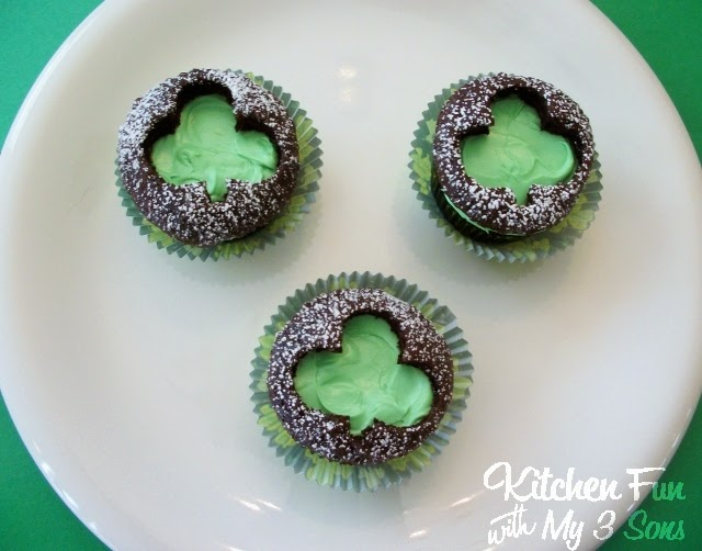 Clover Cut Out Cupcakes