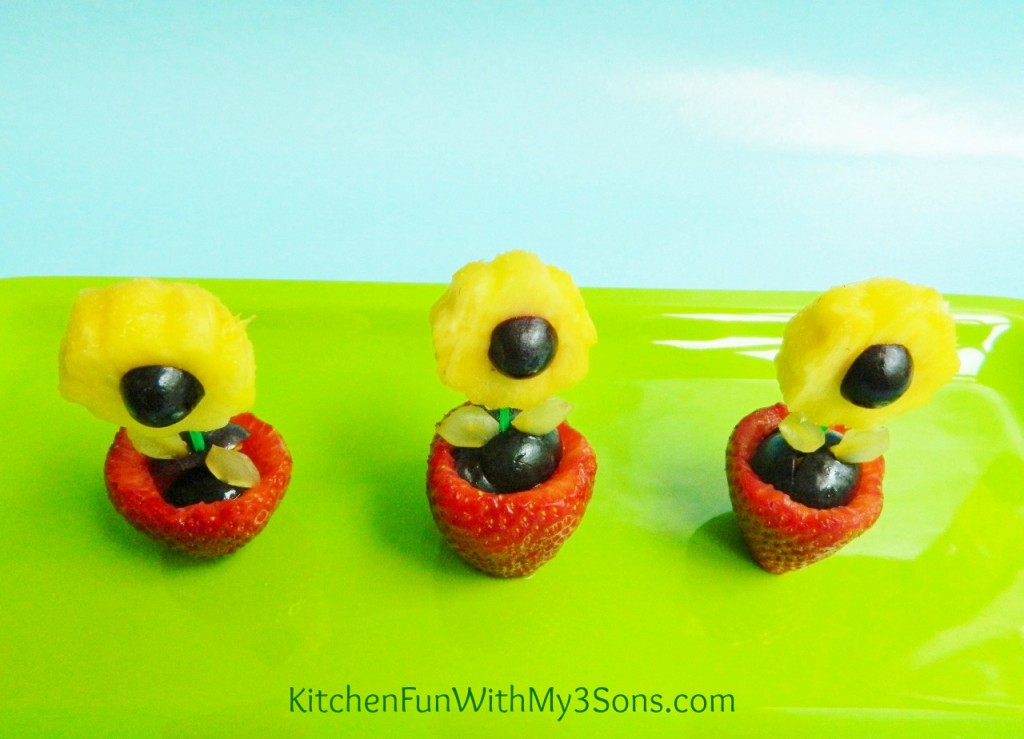 Fruit Flower Snack for Mother's Day!