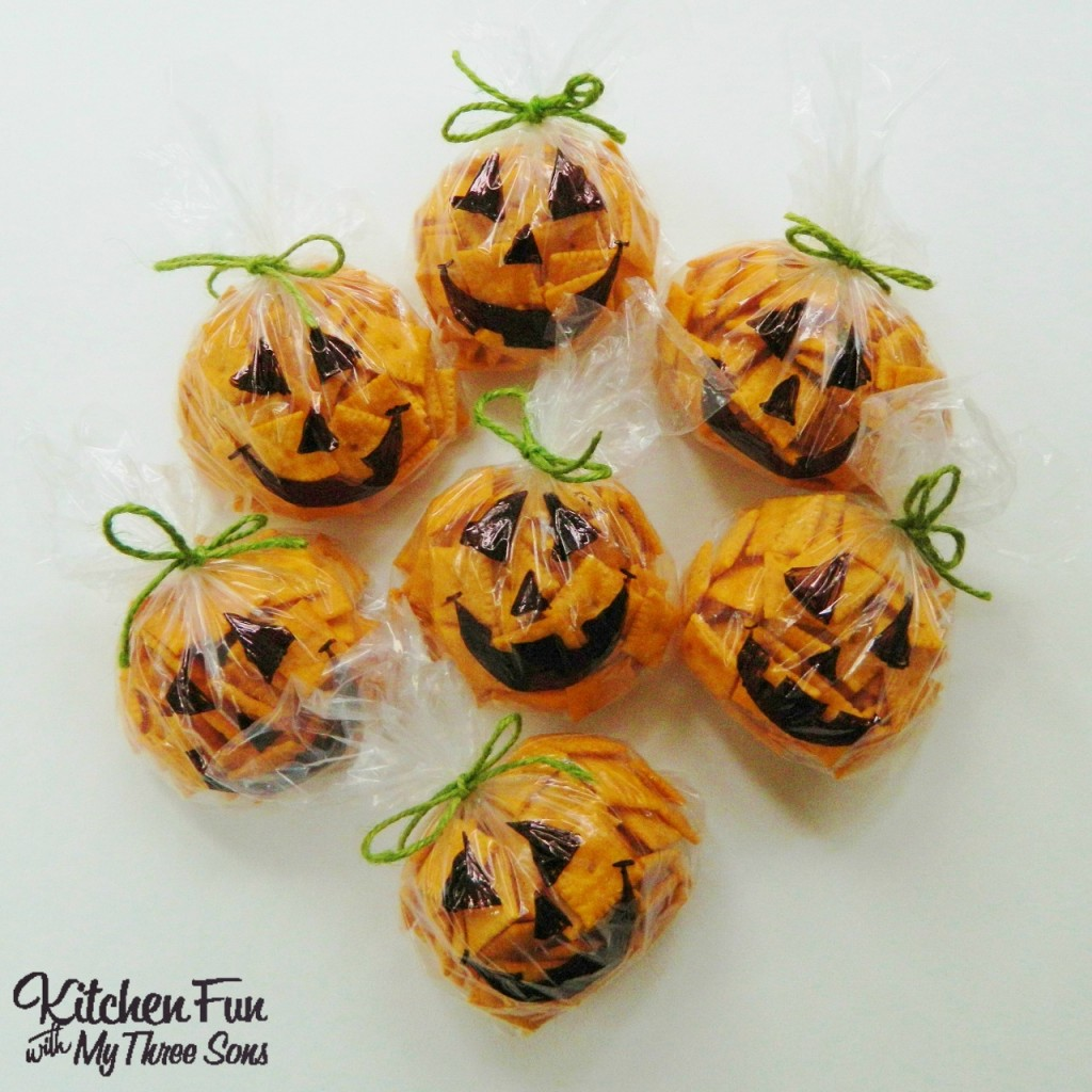 Easy Halloween Pumpkin Snack Bags - Kitchen Fun With My 3 Sons